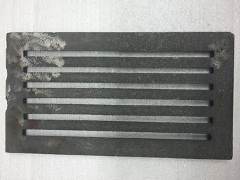Litinový rošt 157 x 290 mm (6x11 palců) - 1
