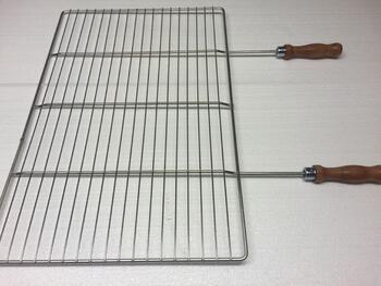 Grilovací rošt - 68 x 38 cm, dřevěná rukojeť