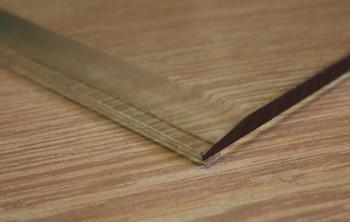 Silikonové samolepící  těsnění pod podkladová skla, 3 m - 2